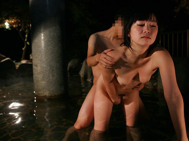 大好きなお義姉ちゃんと混浴温泉で近●相姦したい!