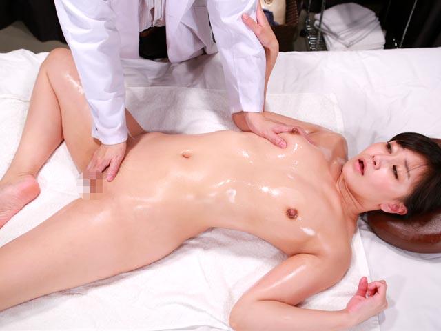 大学病院の美人女医を性感マッサージでとことんイカせてみた(2)