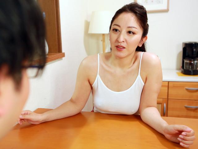 スケベ体型のノーブラ義母にこれだけ挑発されたらもう近●相姦するしかない(4)