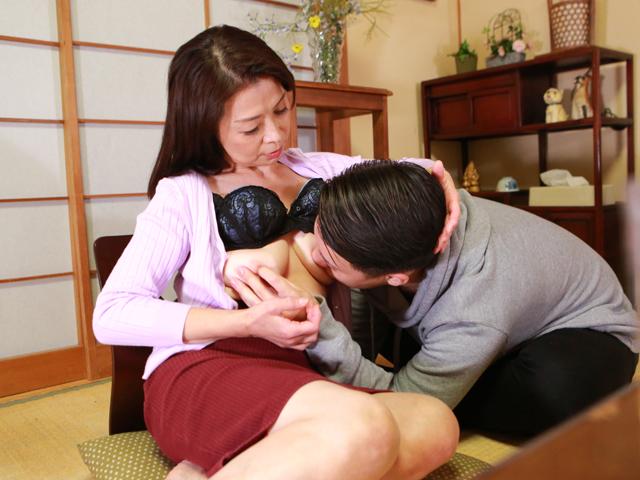 ひとり暮らしするお婆ちゃんの家に泊まりに行こう(9)~一宿一飯のお礼にチンポでご奉仕