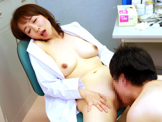 美人の先生がいる皮膚科に行って腫れたチンコを診てもらう流れでヌイてもらいたい総集編(3)